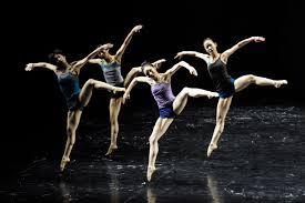 Definici n de danza contempor nea concepto en definici n abc for Definicion de contemporanea