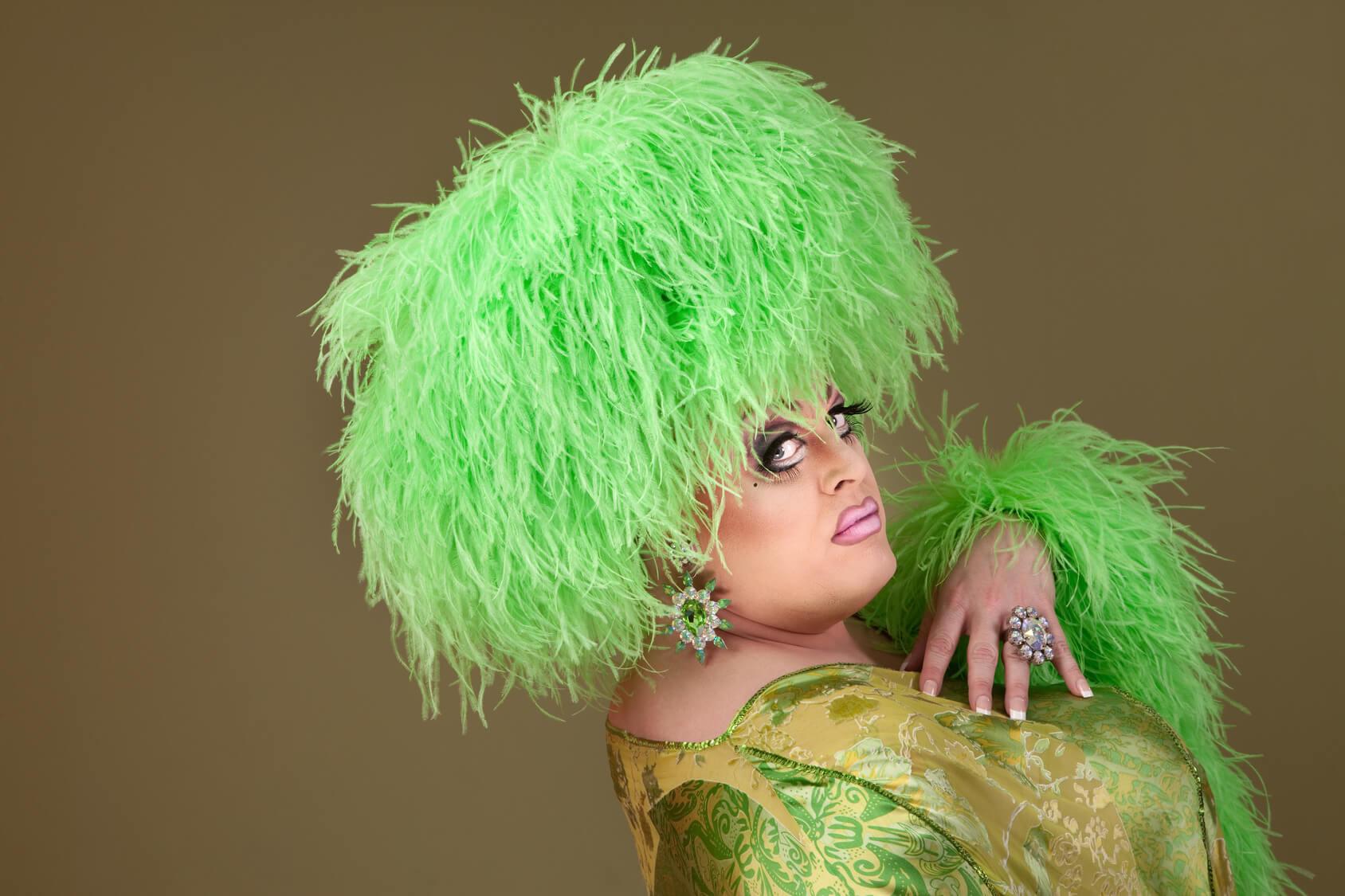 Definici n de drag queen concepto en definici n abc for Definicion de espectaculo